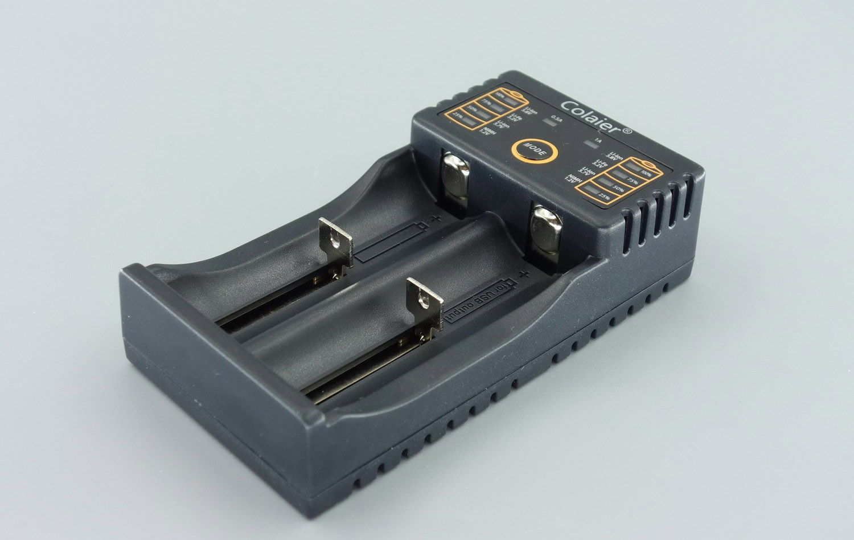 Colaier卡莱尔双槽多用电池充电器测评
