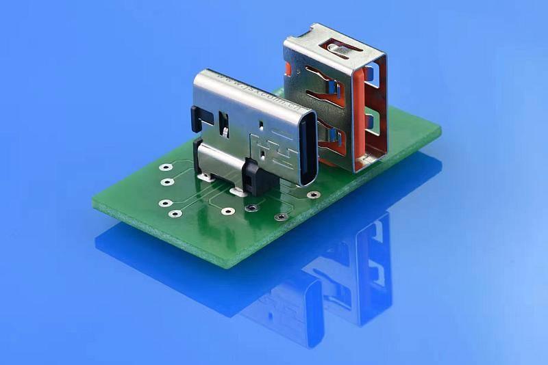 充电头网工程师试用:金晟欣侧插USB Type-C连接器(50套)
