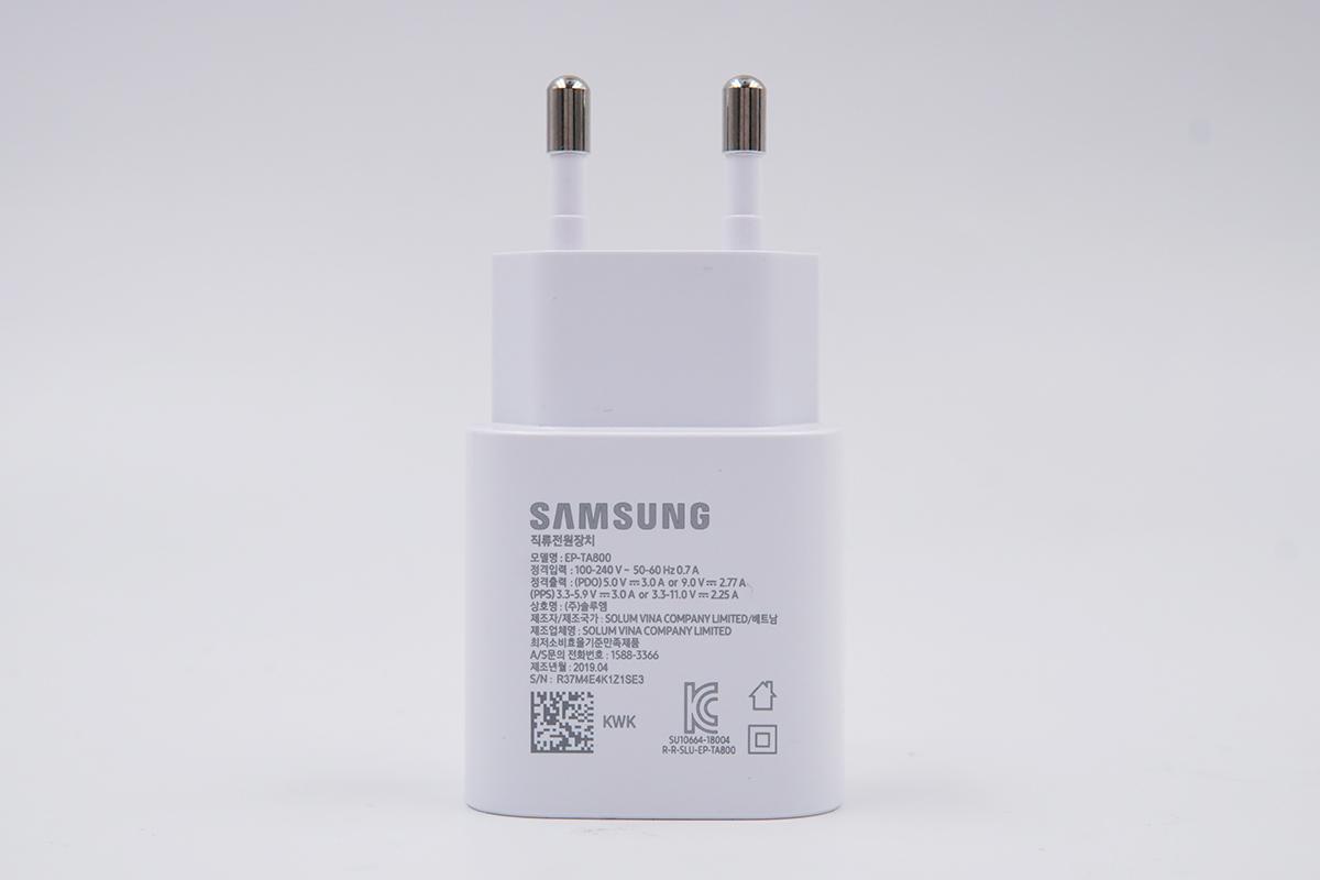 拆解报告:三星S10 5G版原装25W USB-C充电器(EP-TA800)