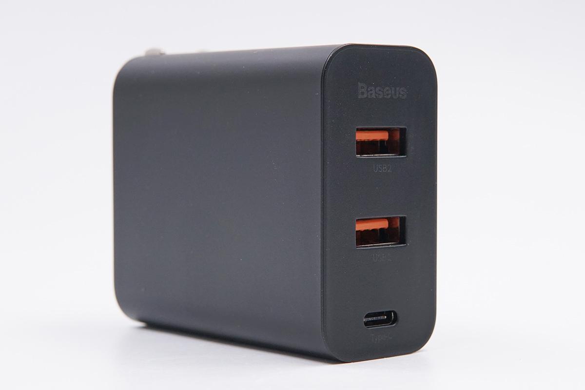 拆解报告:倍思60W 2A1C USB PD快充充电器