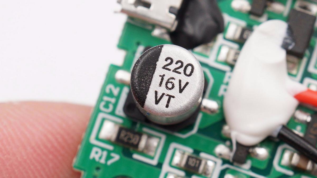 拆解报告:RAVPOWER NP-FZ100电池充电套装RP-BC018-充电头网