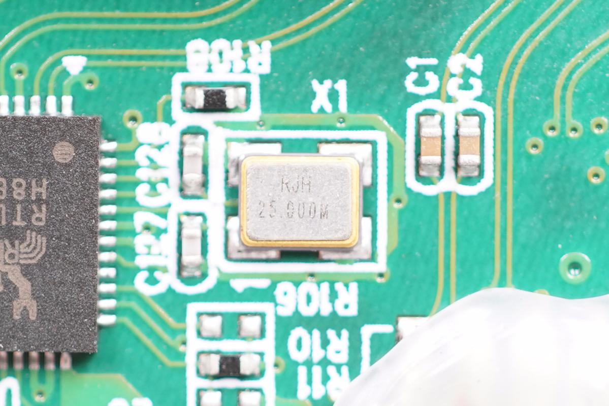 拆解报告:eeco四合一多功能扩展坞ee510102BB-充电头网