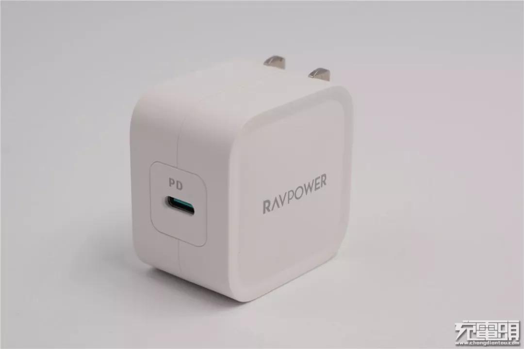十大品牌!细数10款30W PD快充充电器-充电头网