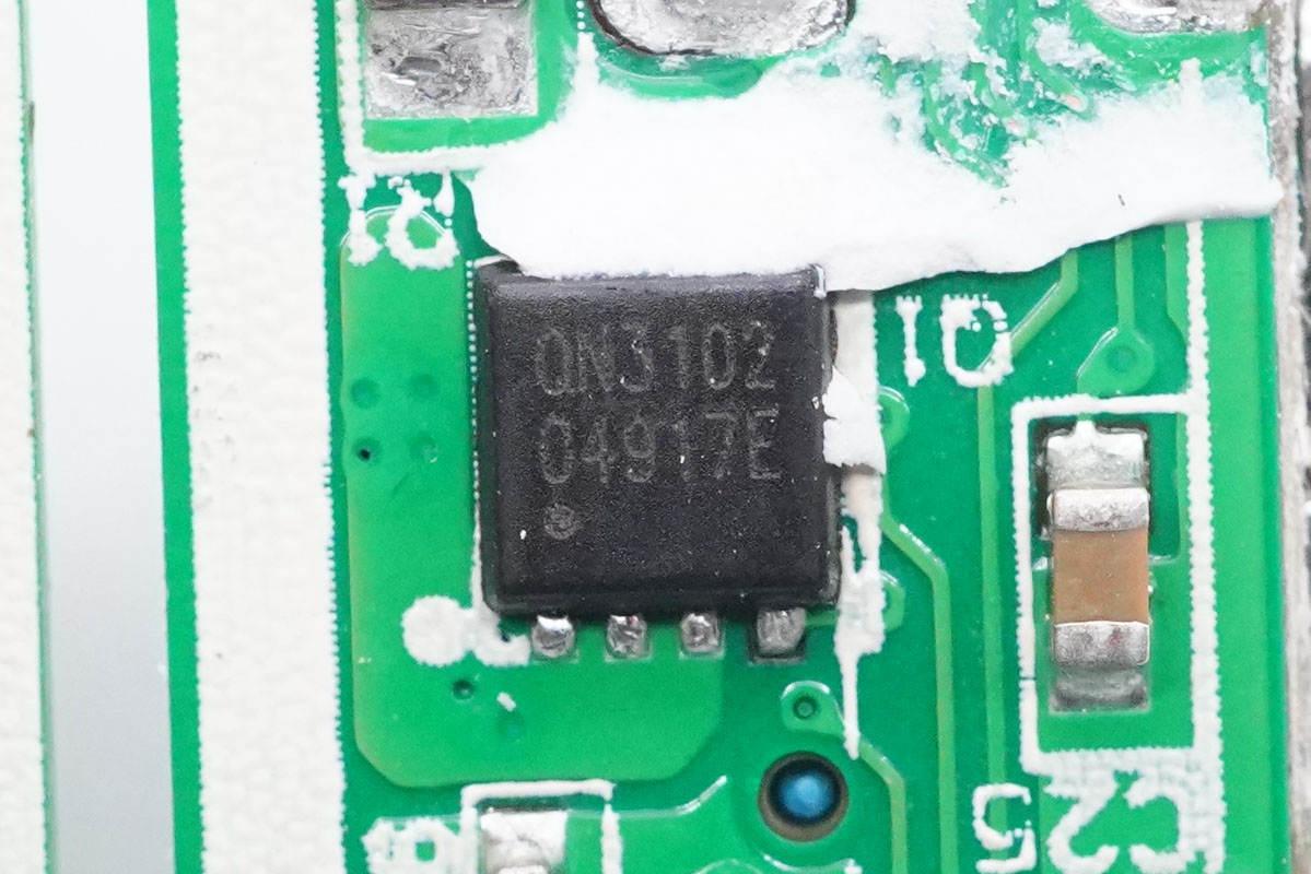 拆解报告:ANKER安克新款20W PD快充充电器-充电头网