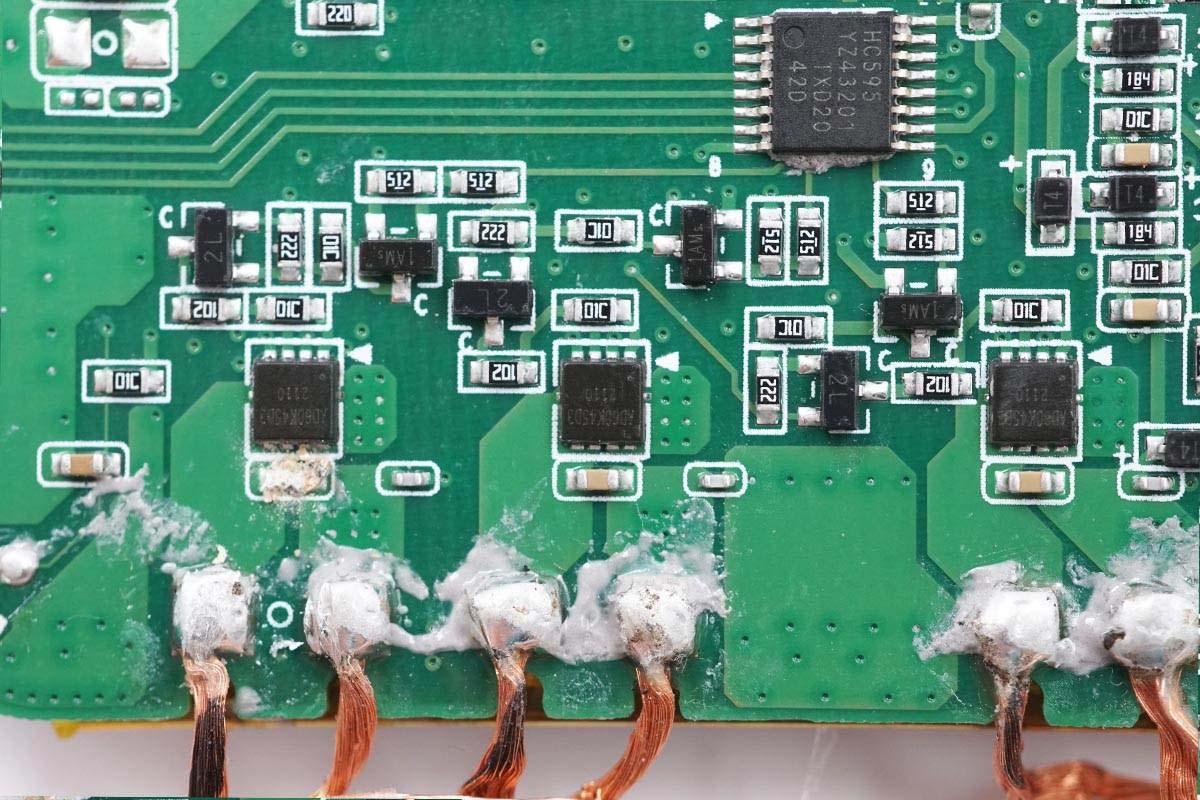 内置19个线圈,599元小米多线圈无线充电板深度拆解!-充电头网