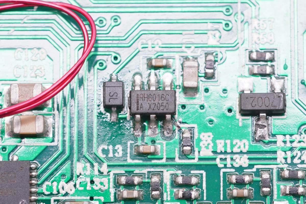 拆解报告:WINGO TIMES万国时代三合一无线充电器F6-充电头网