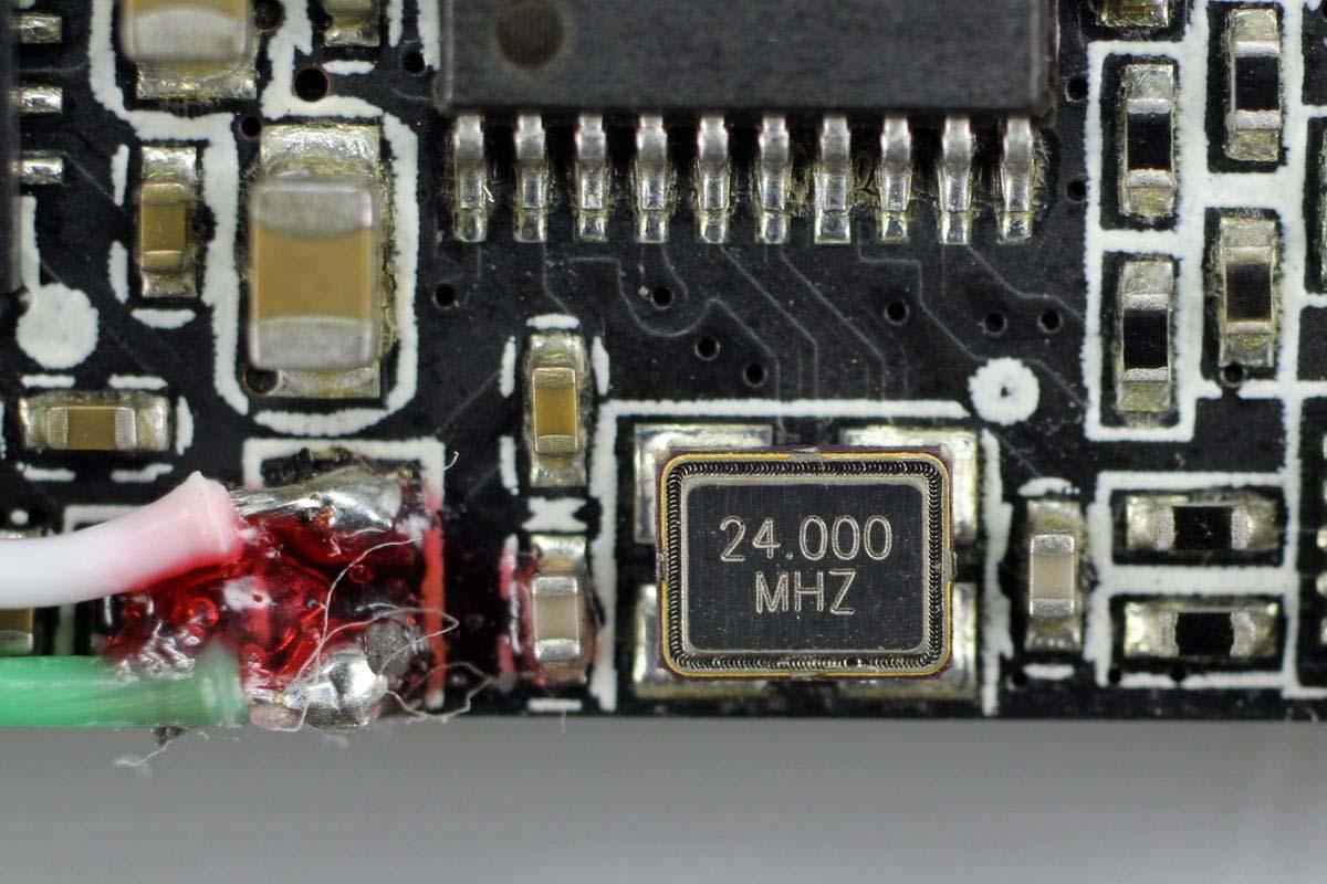 拆解报告:nubia努比亚15W氘锋磁吸无线充电器PA0401-充电头网