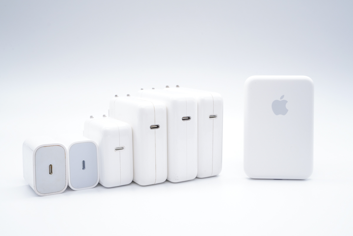 苹果官方首款MagSafe磁吸无线充电宝首发评测!-充电头网