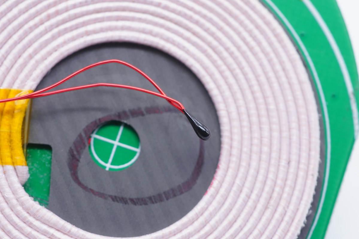 拆解报告:JOYROOM机乐堂20W三合一手表收纳+磁吸无线充电板JR-A27-充电头网