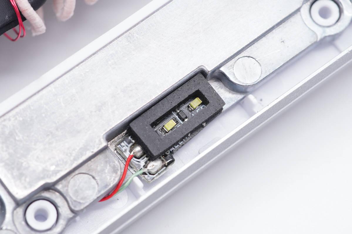 拆解报告:iQOO  50W无线闪充立式充电器CH2177-充电头网
