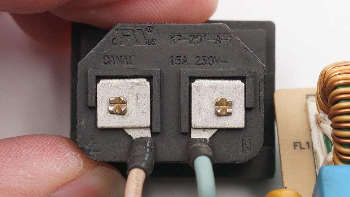 拆解报告:SONY索尼PS4 Pro游戏主机282W电源ADP-300CR-充电头网