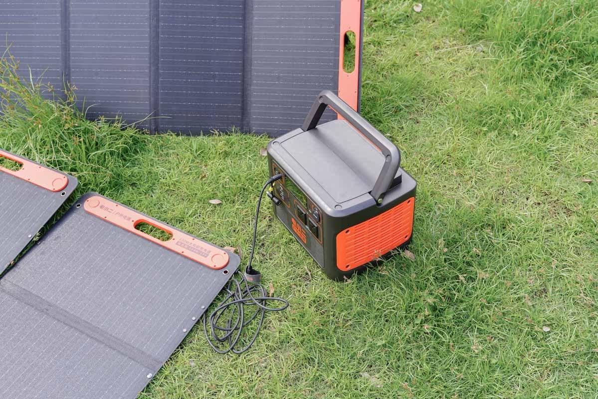 倡导节能环保,电小二户外电源1800W自充电体验-充电头网