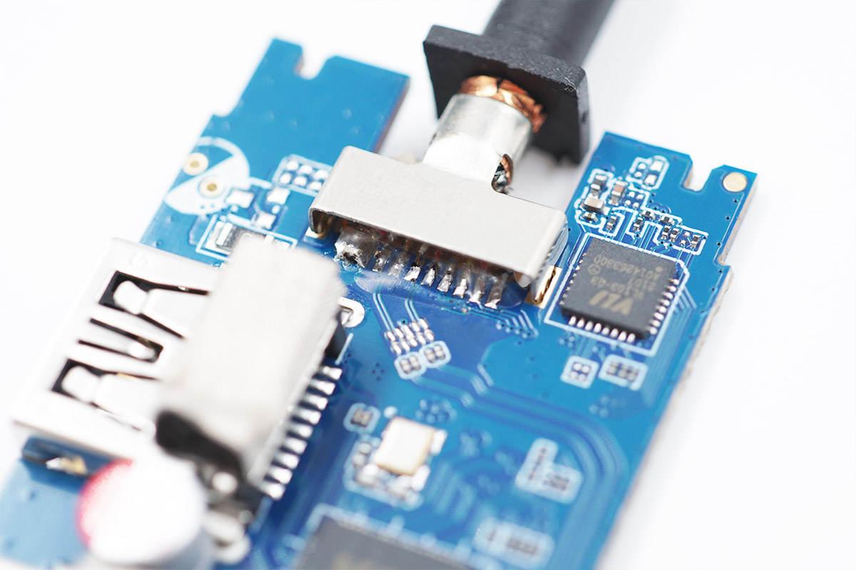 拆解报告:UGREEN绿联USB-C 8K 扩展坞CM500-充电头网