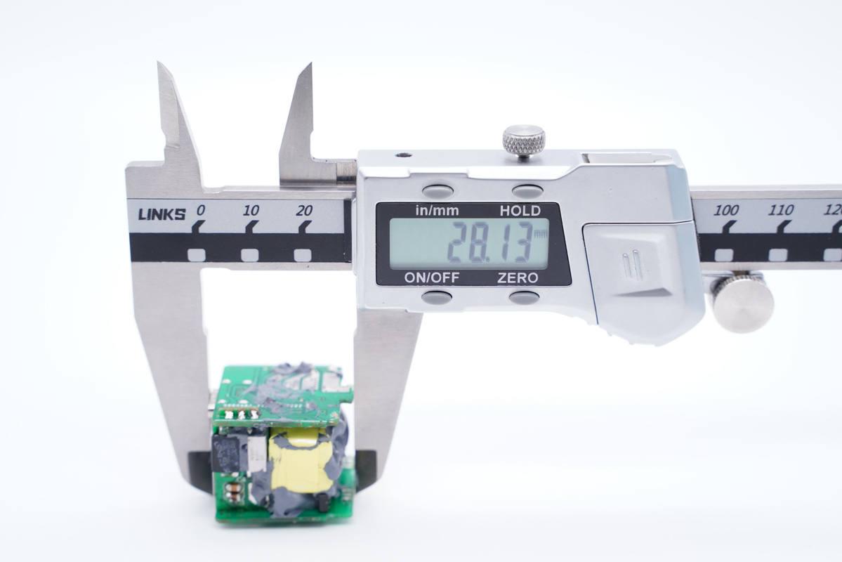 海陆通助力量产,赛能微电子超迷你20W PD快充拆解-充电头网